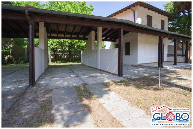 MARGHERITE 3/B - four-room villa in a central location for rent in the Lidi Ferraresi