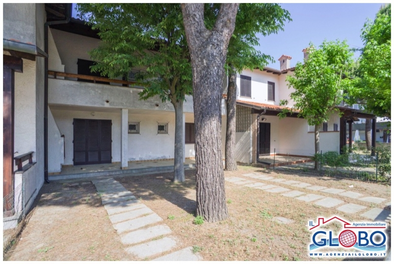 Four-room detached house on the ground floor in a central position for sale at the Lidi Ferraresi